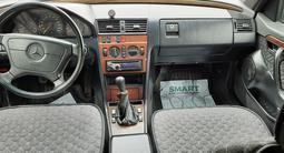 Mercedes-Benz C 280 1993 года за 1 450 000 тг. в Алматы – фото 4