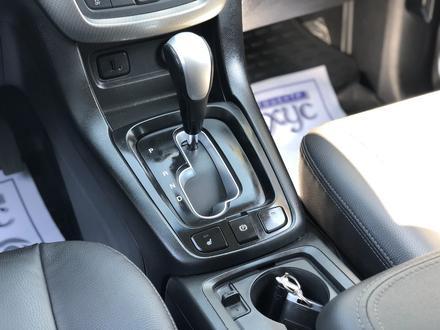 Chevrolet Captiva 2018 года за 10 300 000 тг. в Караганда – фото 17