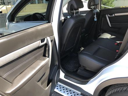 Chevrolet Captiva 2018 года за 10 300 000 тг. в Караганда – фото 22