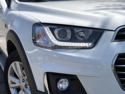 Chevrolet Captiva 2018 года за 10 300 000 тг. в Караганда – фото 3