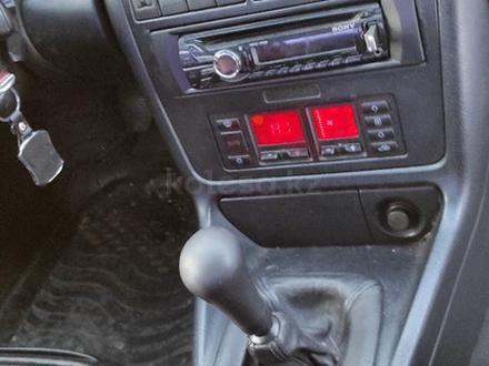 Audi A4 1996 года за 1 450 000 тг. в Щучинск – фото 4