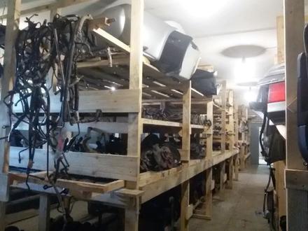 Авторазбор б. У. Контрактные запчасти двигателя коробки мкпп акпп в Петропавловск – фото 3