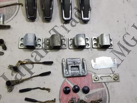 Комплект замков под один ключ на Mercedes Benz w126 S за 91 097 тг. в Владивосток – фото 4