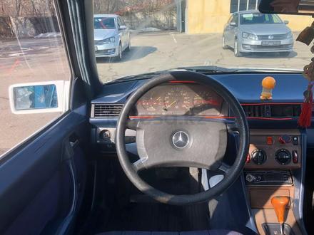 Mercedes-Benz E 230 1988 года за 790 000 тг. в Алматы – фото 6