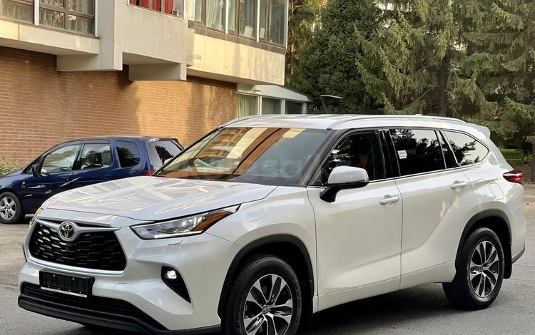 Toyota Highlander 2021 года за 29 900 000 тг. в Алматы