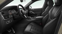BMW X6 M50i 2021 года за 55 912 476 тг. в Караганда – фото 2