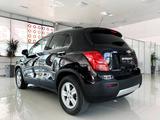 Chevrolet Tracker 2014 года за 5 650 000 тг. в Тараз – фото 2