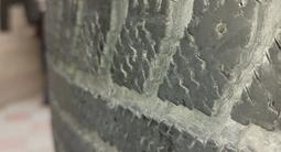 Диски с шинами зимняя резина в хорошем состоянии за 55 000 тг. в Каскелен – фото 3