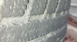 Диски с шинами зимняя резина в хорошем состоянии за 55 000 тг. в Каскелен – фото 4