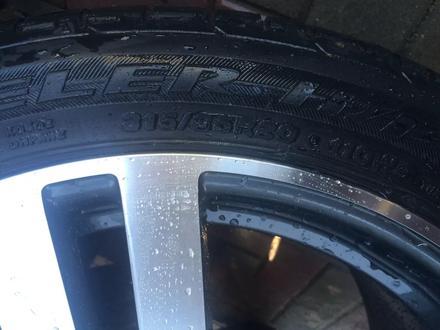 BMW x5 x6 х5 х6 — 275/40r20, 315/35r20 Шины б/у Bridgestonе Dunlop за 180 000 тг. в Алматы – фото 3
