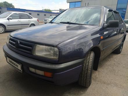 Volkswagen Vento 1995 года за 1 450 000 тг. в Караганда
