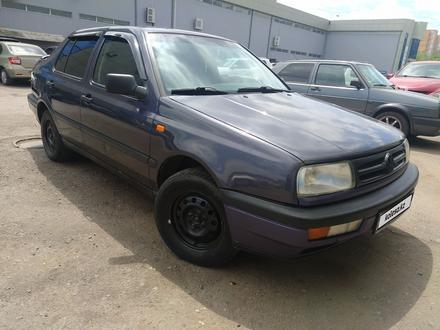 Volkswagen Vento 1995 года за 1 450 000 тг. в Караганда – фото 4