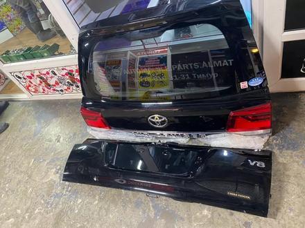 Стекло багажника для Land Cruiser 200 за 777 тг. в Алматы – фото 3