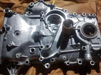 Лобовая крышка масляный насос 2.7 бензин 2TR Prado Haice Hilux за 65 000 тг. в Шымкент