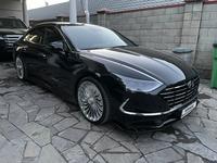 Hyundai Sonata 2021 года за 18 200 000 тг. в Алматы