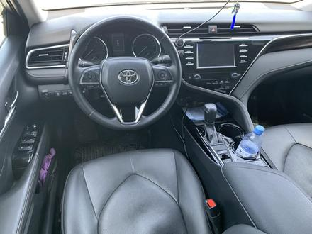 Toyota Camry 2018 года за 11 700 000 тг. в Актау – фото 8