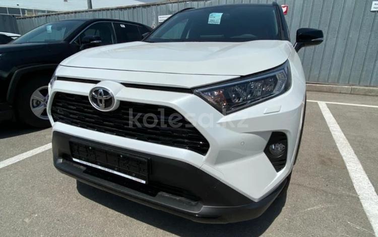 Toyota RAV 4 2021 года за 12 560 000 тг. в Шымкент