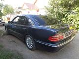 Mercedes-Benz E 280 2000 года за 2 900 000 тг. в Талдыкорган – фото 2