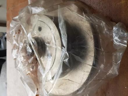 Тормозные диски задние на OPEL Vectra A (Опель Вектра А) за 7 000 тг. в Алматы