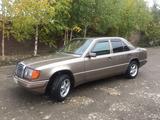 Mercedes-Benz E 230 1992 года за 1 350 000 тг. в Усть-Каменогорск