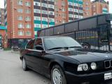 BMW 520 1993 года за 950 000 тг. в Актобе – фото 2