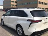 Toyota Sienna 2021 года за 31 000 000 тг. в Алматы – фото 4