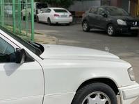 Mercedes-Benz E 230 1989 года за 1 111 111 тг. в Алматы