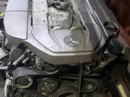 Двигатель М113 5.5 компрессор за 100 000 тг. в Алматы