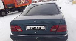 Mercedes-Benz E 240 1997 года за 1 400 000 тг. в Карабалык (Карабалыкский р-н) – фото 4