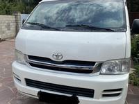 Toyota HiAce 2009 года за 8 000 000 тг. в Алматы