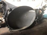 Комплект радиаторов с основным дифузоромбмв х5 4, 4 за 65 000 тг. в Алматы