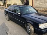 Mercedes-Benz E 220 1993 года за 2 200 000 тг. в Шымкент – фото 3