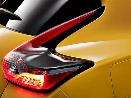 Оригинальная (рестайлинговая) задняя оптика на Nissan Juke F15 за 150 000 тг. в Алматы – фото 2