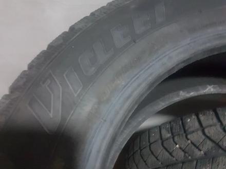 Зимние шипованные шины 185/65 R15 за 40 000 тг. в Алматы – фото 2