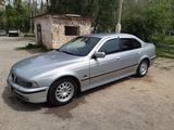 BMW 528 1996 года за 2 100 000 тг. в Тараз