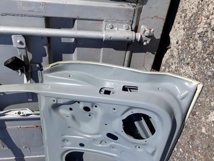 Двери передние VW Polo 09 — 17 гг за 888 тг. в Караганда – фото 15