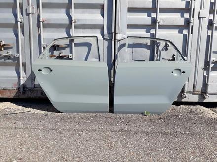Двери передние VW Polo 09 — 17 гг за 888 тг. в Караганда – фото 9