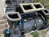 Печка BMW X5 за 50 000 тг. в Алматы