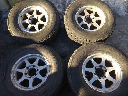 Оригинальные легкосплавные диски R16 на Toyota Hilux (Япония 6*139. за 150 000 тг. в Нур-Султан (Астана)