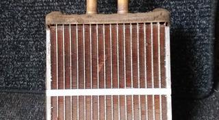 Радиатор печки мазда кседос 9 за 444 тг. в Костанай
