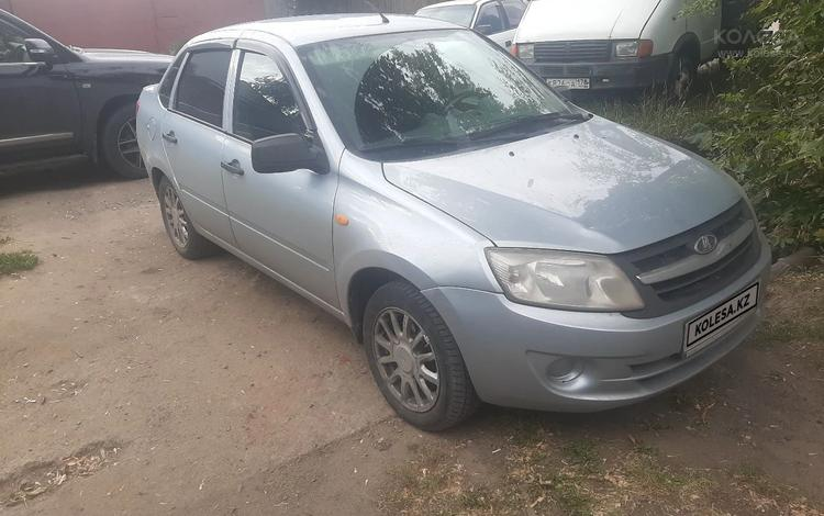 ВАЗ (Lada) Granta 2190 (седан) 2013 года за 1 400 000 тг. в Петропавловск