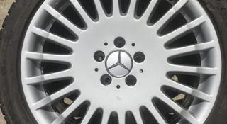 Диски от Mercedes Benz w221 s600 вместе с резиной (зима, лето) за 300 000 тг. в Усть-Каменогорск