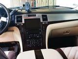 Cadillac Escalade 2007 года за 8 000 000 тг. в Шымкент – фото 2