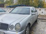 Mercedes-Benz E 200 1995 года за 1 900 000 тг. в Павлодар