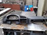 Панель торпеда BMW за 20 000 тг. в Алматы