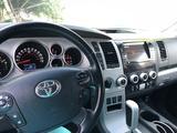 Toyota Sequoia 2008 года за 10 500 000 тг. в Алматы – фото 4