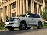 Toyota Land Cruiser 2017 года за 29 500 000 тг. в Алматы