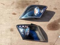 На Мазду MPV, 2002-2004 гв поворотник левый и правый за 25 000 тг. в Алматы