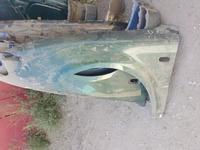 Левое крыло фольксваген пассат б5 за 9 000 тг. в Актобе