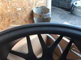 R21 диски на Гелен, 5*130, ет45, высочайшего качества за 660 000 тг. в Кызылорда – фото 5